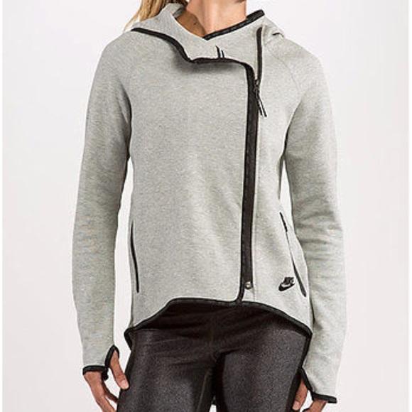 Nike Tech Fleece Women s Cape Jacket Hoodie d5a99c5bef